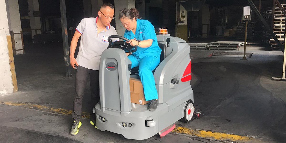 无锡新协样企业在我司采购高美智能洗地机