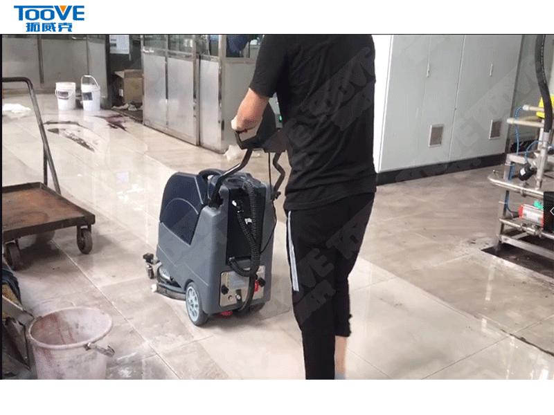 折叠洗地机试机案例